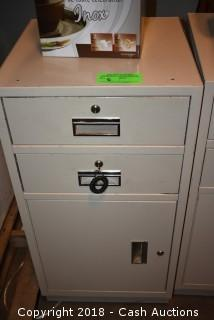 Locking Cashier Cabinet w/ Key