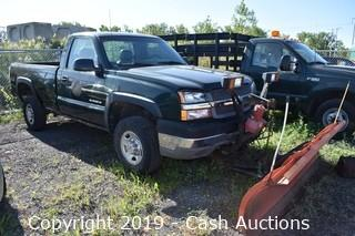 2003 Chevrolet 2500 HD w/ Plow