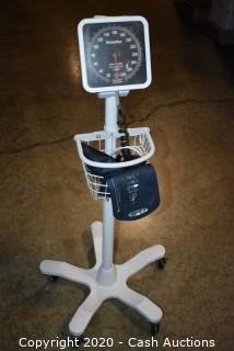 Welch Allyn Analog Sphygmomanometer - I