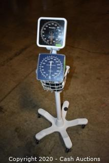 (2) Analog Sphygmomanometers- J